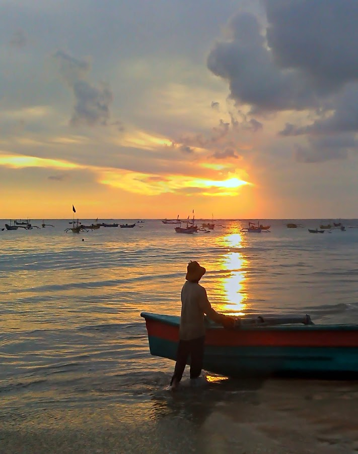 time to go.. by Yosia Omega - Instagram & Mobile Android ( sunset, beach, people )