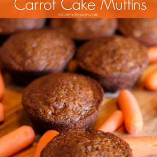 Carrot Cake Muffins with Carrot Juice