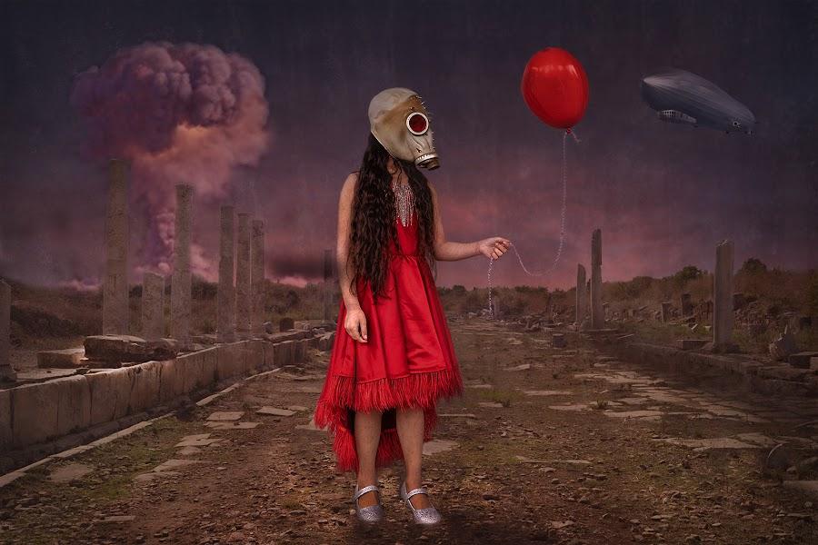 by Lee Sutton - Digital Art People ( #war #red #portrait #model )