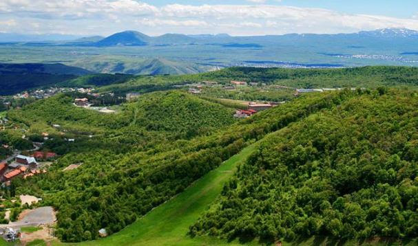 ararat-valley-etchmiadzin