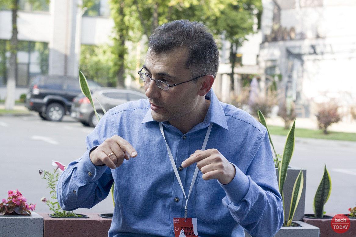 """Леонид Пономаренко: """"жена считает, что я слишком много времени провожу на работе, а я бы хотел проводить немного больше"""""""