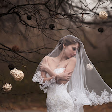 Wedding photographer Natalya Yadrenova (Yadruonova). Photo of 25.10.2013