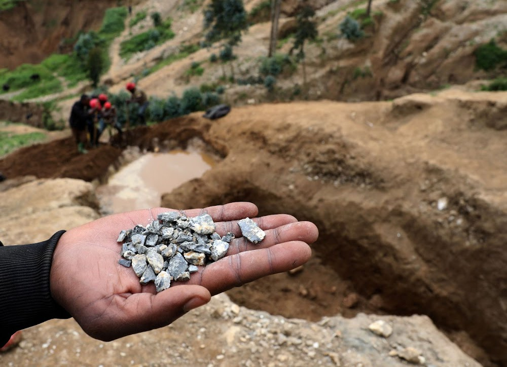 Switzerland probes illegal trading of coltan by Swiss trader during DRC civil war