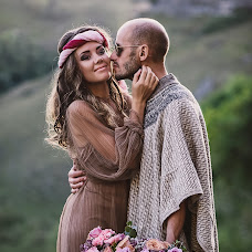 Wedding photographer Elizaveta Duraeva (lizzokd). Photo of 12.09.2017