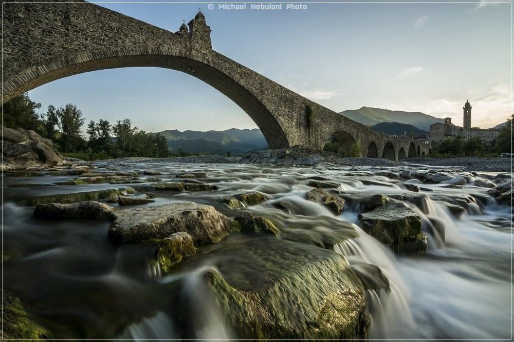 Devil's bridge, as pontes do diabo na Europa