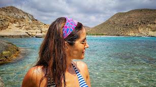 Isabel Jiménez, en bikini, en las playas de Cabo de Gata.