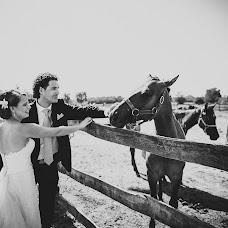 Wedding photographer Zoltán Bakos (pillbold). Photo of 20.02.2018