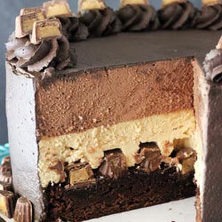 Peanut Butter Chocolate Mousse Cake