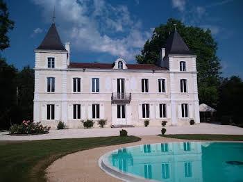 Château 14 pièces 437 m2