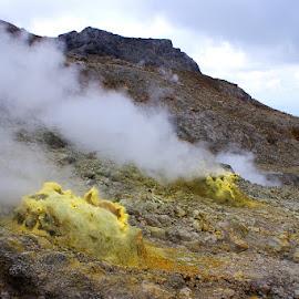 Papandayan Crater #6 by Mulawardi Sutanto - Landscapes Mountains & Hills ( mountain, mantap, crater, travel, papandayan, garut )