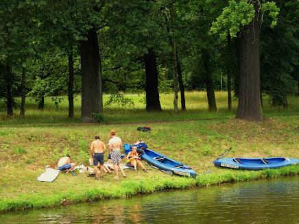 Байдарки на річці у Лейпциг
