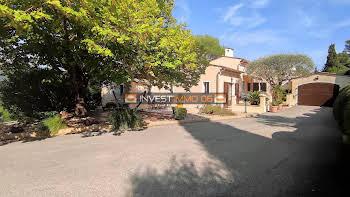 Villa 5 pièces 206 m2