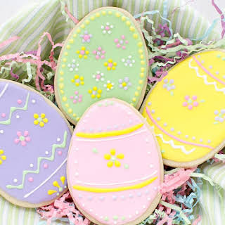 Easter Egg Sugar Cookies With Royal Icing.