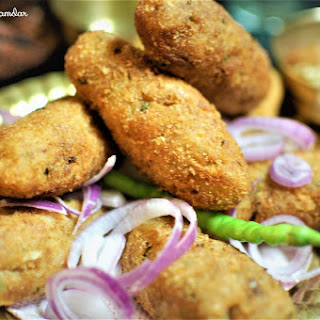 Potato Cottage Cheese Croquettes / Aloo Paneer Croquettes Recipe