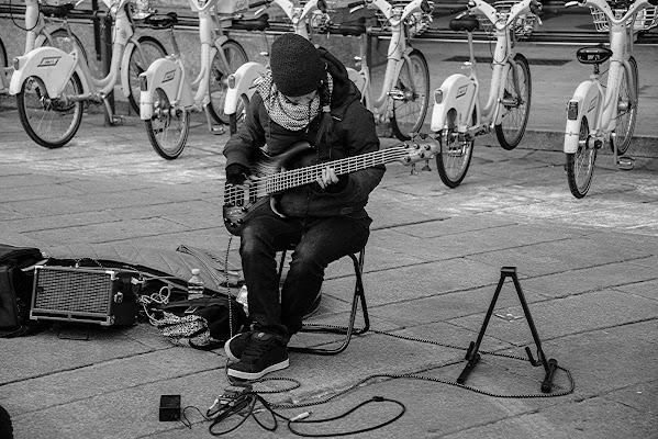 Io suono la chitarra di acquario