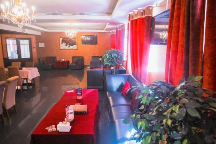 Фото №3 зала Караоке-зал