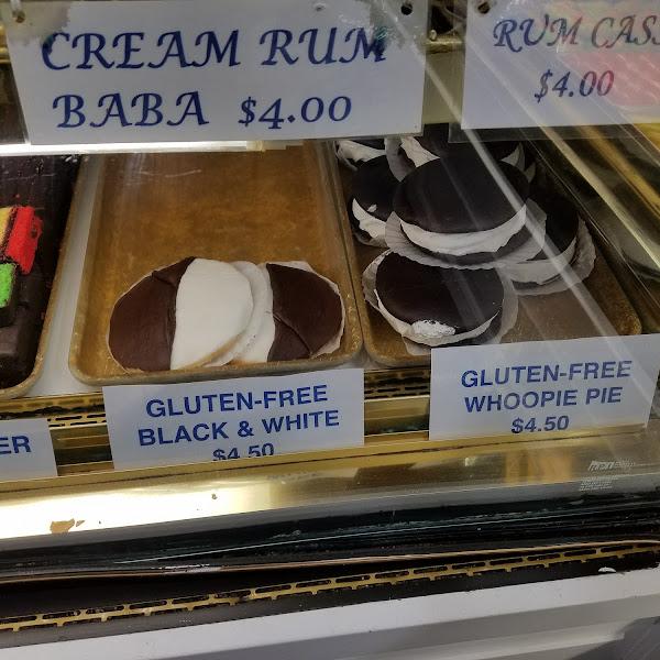 Gluten Free Black & White cookies & Gluten Free Whoopie Pies