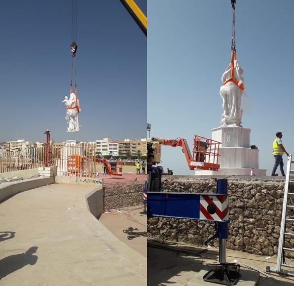 Imagénes de los trabajos de traslado del monumento, esta mañana.
