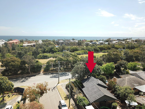 Photo of property at 100 Railway Parade, Seaford 3198
