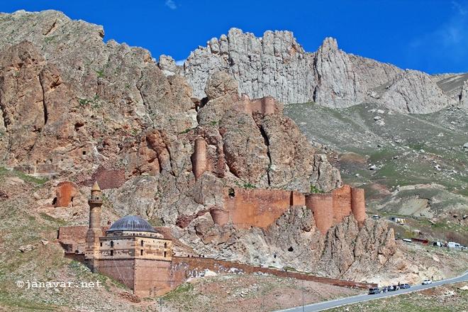 Travel: Castles in Eastern Turkey: Ishak Pasha Palace, Doğubeyazıt
