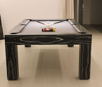 End view of American pool table