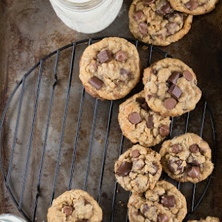 {Healthier} Oatmeal Chocolate-Chip Cookies with Dark-Chocolate Cranberries.