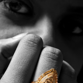 Waiting for the moment by Arijit Acharya - People Body Parts ( hand, ring, pwchands, bride, people )