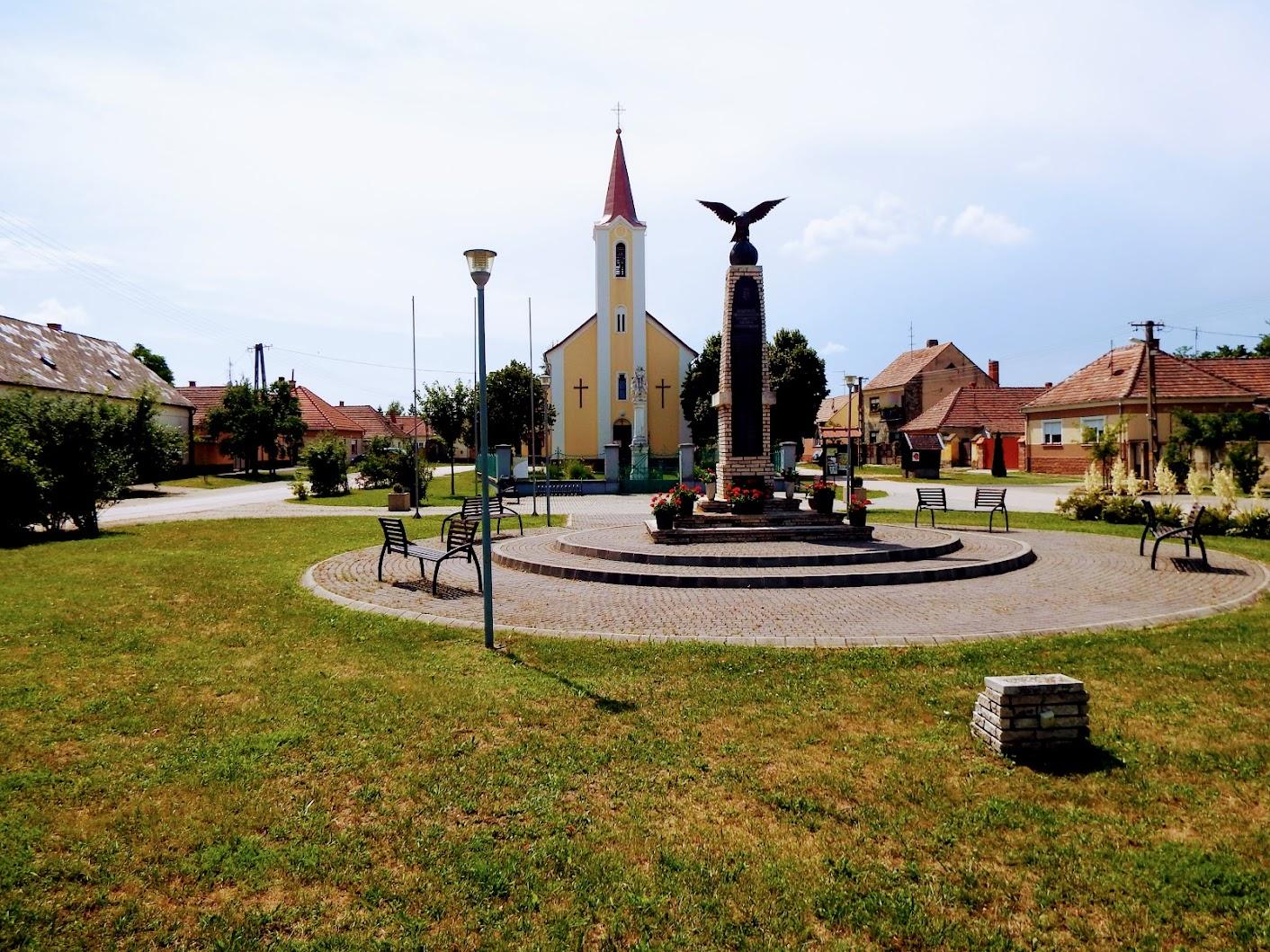 Sótony - I. és II. világháborús emlékmű