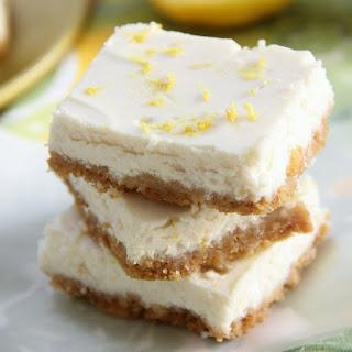 Skinny Lemon Cheesecake Bars