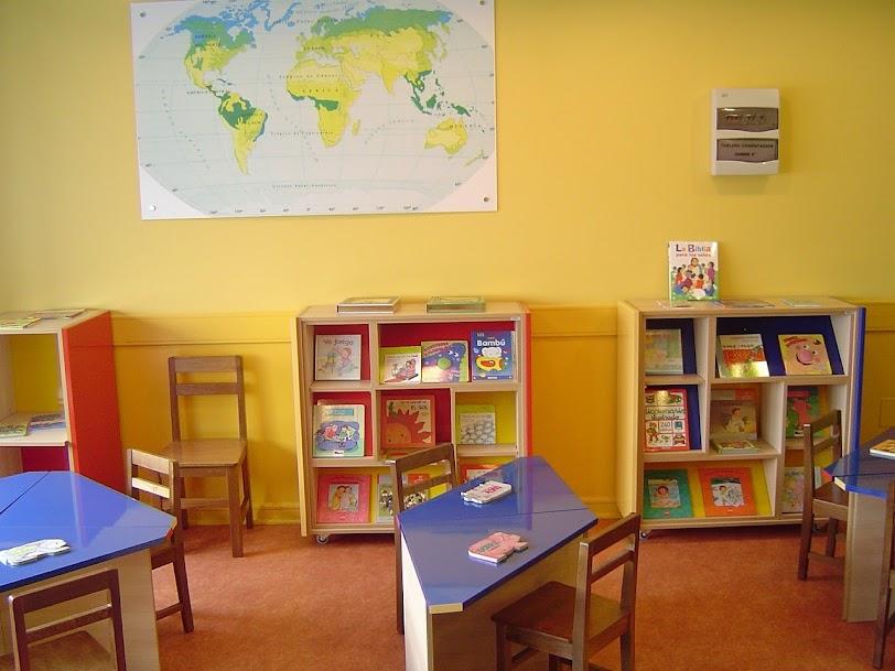 empty kinder garden classroom
