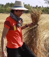 Photo: Tra in the rice field
