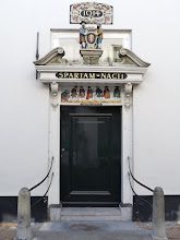 Photo: Portal des Altmännerhauses Willem Vroesenhuis in Gouda.