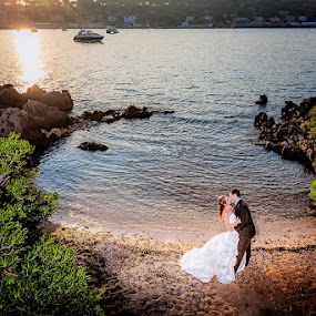mariage Cannes by Ludovic Authier - Wedding Bride & Groom ( photo mariage cannes, photographe mariage cannes, photographie de mariage cannes, french riviera wedding )