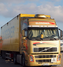 Photo: VOLVO FH in gold   ----> www.truck-pics.eu