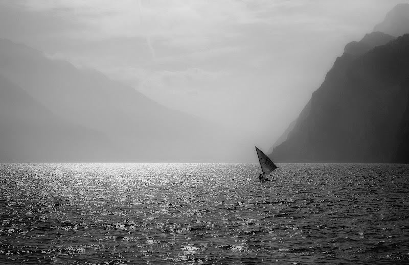 Foschia sul lago di Garda di utente cancellato