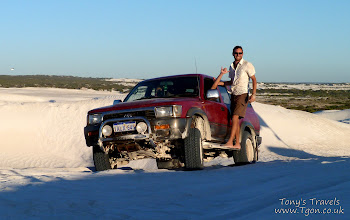 Photo: 4x4 driving in the dunes at Wedge Island, Western Australia