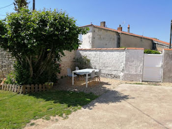 maison à Saint-Mard (17)
