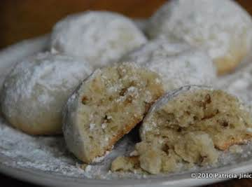 Polvorones (Mexican Wedding Cookies)