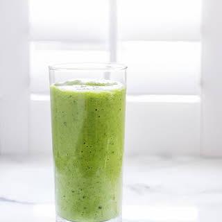 Mango Spinach Green Smoothie.