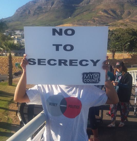 No to secrecy.
