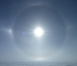 Photo: Later in the day, a nice 11 degree solar halo