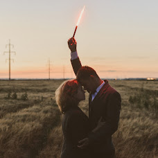 Wedding photographer Denis Medovarov (sladkoezka). Photo of 25.12.2017