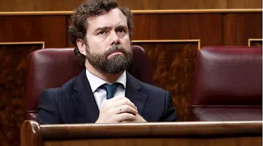 Vox ofrece un apoyo crítico a Sánchez y pide la dimisión de Calvo e Iglesias