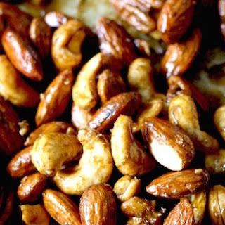 Thai Sriracha-Lime Spiced Nuts