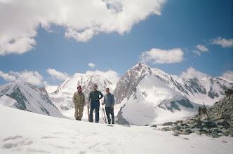 Photo: Ak-Tash Pass (W), hunters