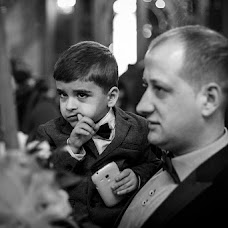 Wedding photographer Mihai Zaharia (zaharia). Photo of 16.04.2015