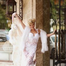Wedding photographer Olga Tyurina (Annenkova). Photo of 13.12.2013