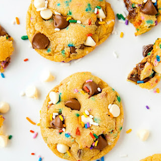 Soft-Baked Cake Batter Cookies (VIDEO)