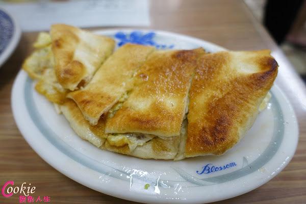 怡味餐店 特殊蛋餅皮,水煎包、燒賣