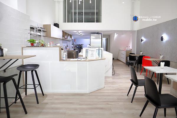 純白韓風質感法式甜點店,開店兩小時完售-溫柔實驗室